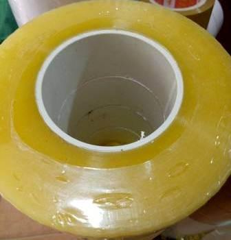 Băng dính lõi nhựa trong