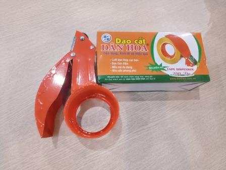 Dao cắt băng dính - Sản phẩm dùng cầm tay thuận tiện.