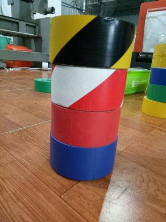 Băng dính dán sàn nhiều màu
